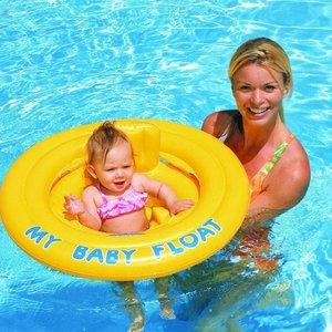 Zwemmen met je baby opblaasbare artikelen for Zwembad artikelen