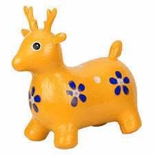 Skippy hert geel zithoogte 27cm